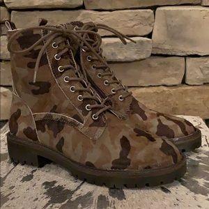 NEW LUCKY BRAND Lk-Idara2 Camo Combat Boot 6